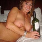 cocufieuse nympho du 08 en photo nue cherche plan cul homme sympa