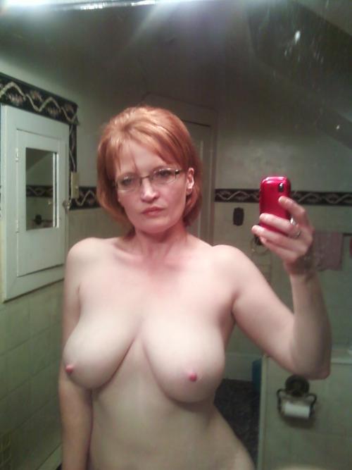 femme mure nue du 75