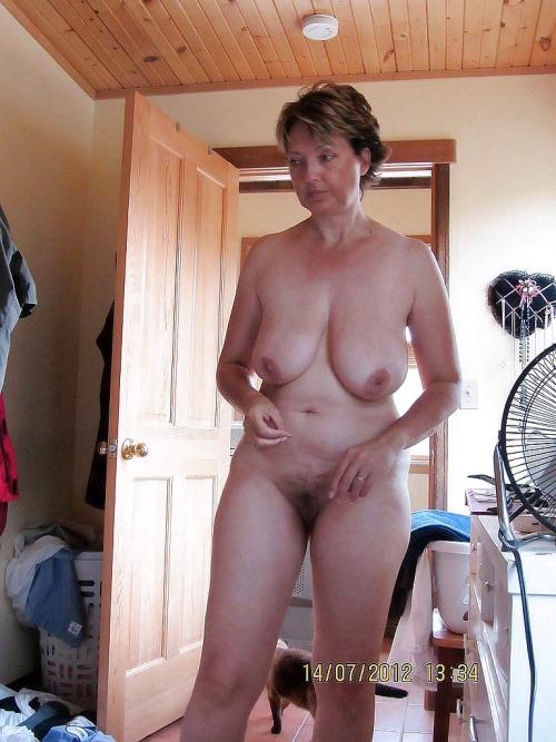 cocufieuse nympho du 09 en photo nue cherche plan cul homme sympa
