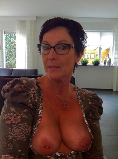 photo cul de femme nue du 74